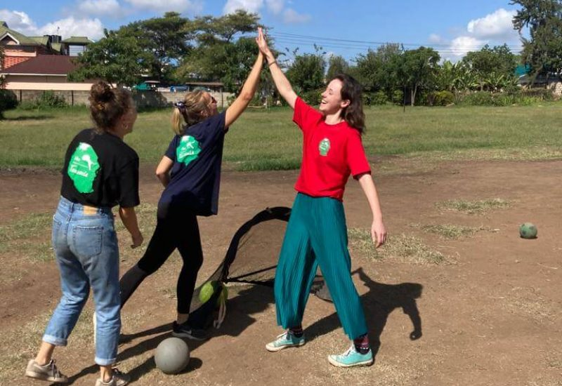 Meru Warriors Viva Tanzania volunteering
